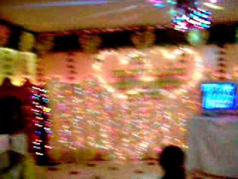 Con trai Hằng hát karaoke (18h00-09/07/2005).