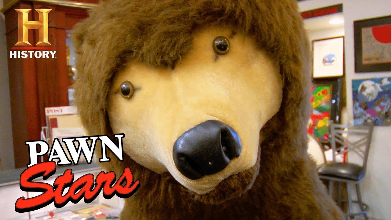 Pawn Stars: MASSIVE LIFE-SIZE BEAR Worth a Pretty Penny (Season 5) | History