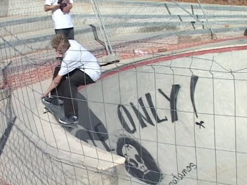 Skate Crates - Rob Selley - Episode 3 - Barcelona