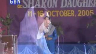 Hallelujah song by Mrs Salem from Pakistan