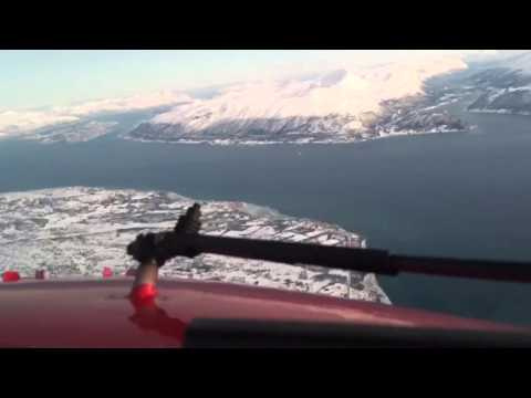 Pilot Flight Academy - Landing Boeing 737 in Tromsø, Norway, Scandinavia