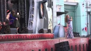 Площадь Белорусского вокзала.Марина Девятова,Симфонический оркестр.