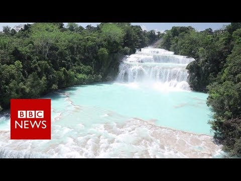 Battle to restore Mexico's quake-hit waterfall - BBC News