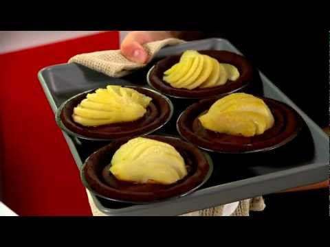 Delicious Pear And Chocolate Fudge Tartlet Christmas Baking Recipes Youtube