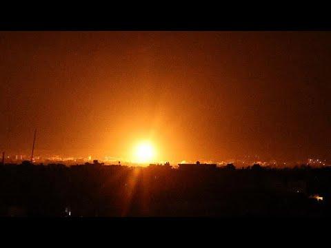 غارات جوية إسرائيلية على قطاع غزة بعد يومين من تولي بينيت نفتالي رئاسة الوزراء…  - نشر قبل 6 ساعة