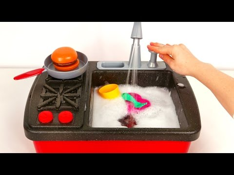 Stovetop Kitchen Faucet Playset with Working Water Pump and Cooking