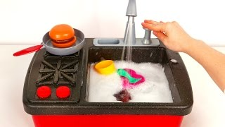 Stovetop Kitchen Faucet Playset with Working Water Pump and Cooking thumbnail