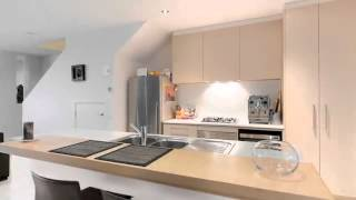 FOR SALE: 7 Ashberg Drive, Waterways VIC 3195