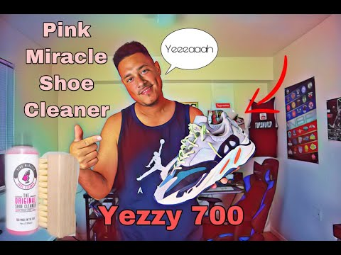 CLEANING MY YEEZY 700 WAVE RUNNER WITH PINK MIRACLE SHOE CLEANER