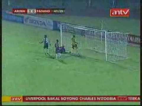 [ISL 2010] Arema 3 - 1 Semen Padang (01/11/2010)