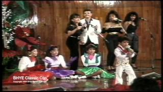 """BRUNO MARS (Age 4) - LIVE IN HAWAII - """"Elvis Medley"""" w/Mom, Dad & The Love Notes (BHYE)"""