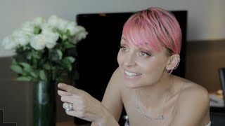 Nicole Richie plays Filly or Fashion with Fitzy & Wippa