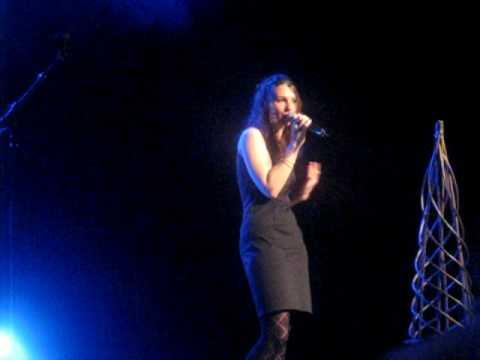 julie au concours de chant