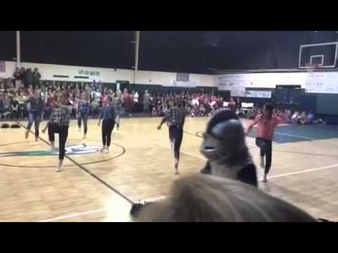 Northside Methodist Academy JV cheer homecoming routine