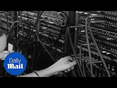 Hello operator! Ladies work the telephone swtichboard (archive) - Daily Mail