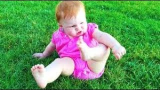 Baby Outdoor Fails Video 😛 😜 😝 Top Funny Babies Outdoor Moments 👉🏽 Funny Baby Video🧸