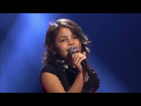 9-Year Old Liesl Sings Shake It Off By Taylor Swift - Incredible
