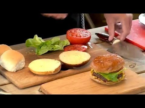 How To Make Burgers On A Weber Q1200 BBQ Grill