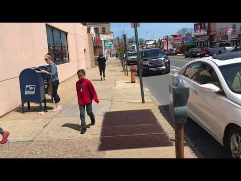 """1st amendment audit """"You're being weird""""— Fox Chase Station post office — USPS FAIL. Philly PD PASS."""