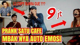 Download lagu DI BIKIN EMOSI SATU CAFE NYANYI FALS TAPI LIHAT ENDING NYA