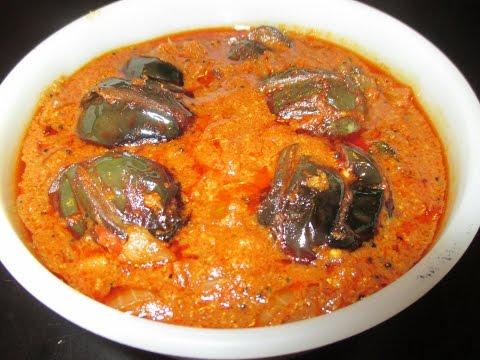 Ennai Kathirikkai Kara kulambu or Brinjal Kara Kuzhambu (in tamil