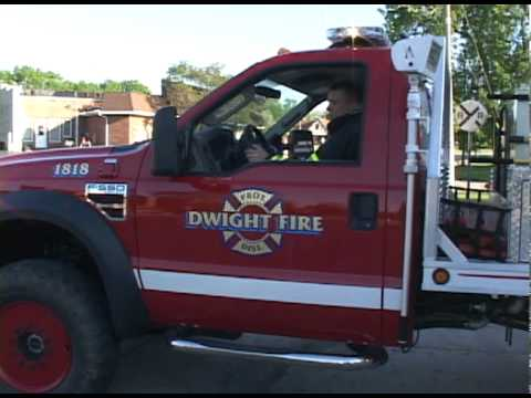 Dwight,IL Fire Equipment Returning To Station - YouTube