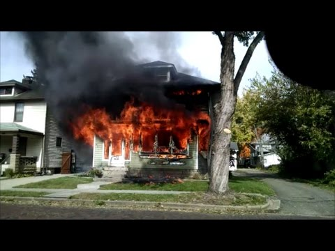 Newark Ohio Fire Department 128 Fairfield Avenue working house fire Incident Command with audio