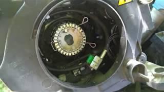 Как поменять лампу ксенона (или фару) не снимая бампер на Тигуане