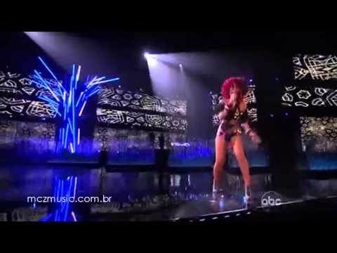 Rihanna AMA's 2010 Performance (live HD)
