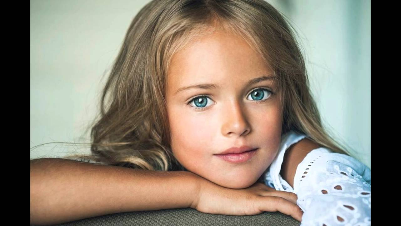 kristina pimenova 10 ans et la plus belle du monde youtube. Black Bedroom Furniture Sets. Home Design Ideas