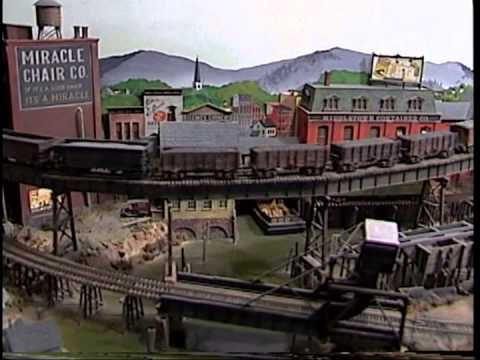 """Earl Smallshaw's """"Middletown and Mystic Mines"""" Superb Model Railroad."""