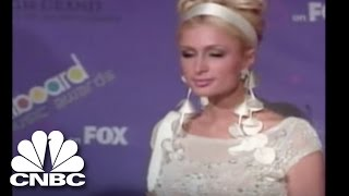Paris Hilton Robbed!