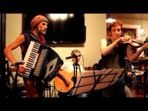 gypsy-jazz-extravaganza-corwin-zekley,-finn-juhl,-david-brown-&-keith-abrams