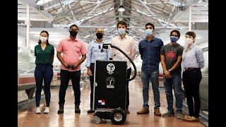 Robots autónomos de desinfección remota realizan su primera demostración.