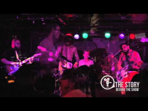 Streight Angular - Supermarche live Downstairs at the Middle East