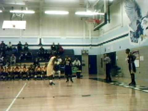 Maurice Jones, Saginaw Arthur Hill, 5'7'', vs. Milwaukee Vincent, MCBC 2008, Part 1