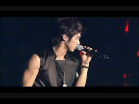 DBSK [Mirotic Concert] - The Way U Are Remix