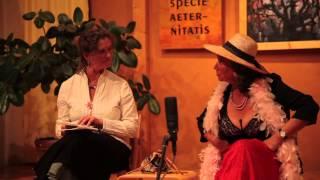 Als Josefine Mutzenbacher und Rosa Luxemburg einmal zusammen im Fahrstuhl stecken blieben