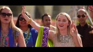 Mehendi Hai Rachne Navrai Majhi Dancamaze Mehendi Dance