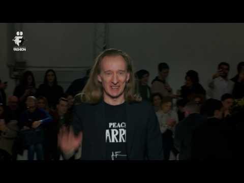 John Richmond Fall Winter 2019 - Milano Fashion Week - Complete Show - EXCLUSIVE