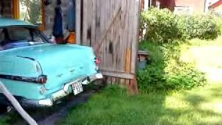 Baixar Pontiac 1956 backas ut ur garaget.