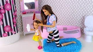 ПОЧЕМУ ТАК ЧЕШЕТСЯ? Мультик #Барби Сериал Про Школу Играем в Куклы ай кукла тиви