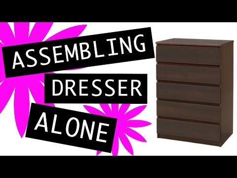 Assembling dresser Laguna 5-drawer Chest alone ! :)