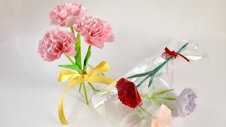 今回使用した折り紙のサイズは15×15㎝です。 折り紙1枚で1つの花が出来...