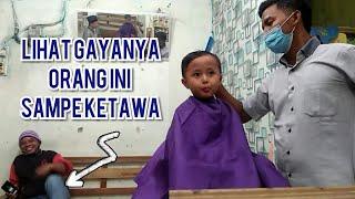 LUCU....Tingkah bocah saat potong rambut || barbershop kampung