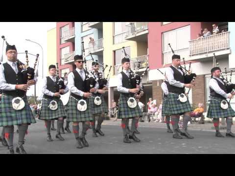 Bloemencorso Sint-Gillis 2014 - Belgian Pipe Band Antwerpen