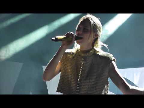 Kadebostany - Joy & Sorrow HD Live From Istanbul 2018
