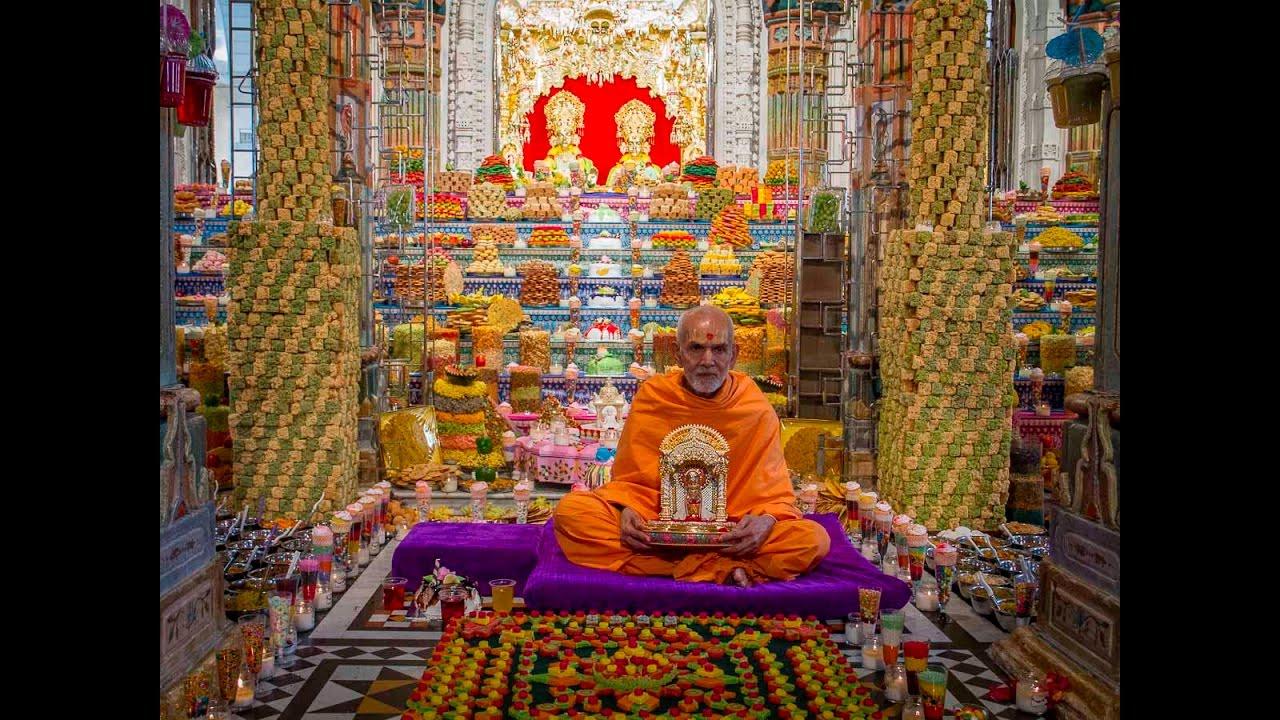 Happy New Year Mahant Swami 16