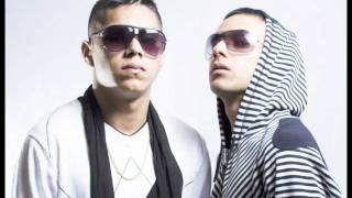 MACHO Y EL REY - PA ROMPER LA DISKOTEKA