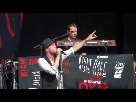Olly Murs  Right Place Right Time V Festival 2013  Next To STAGE 1080p